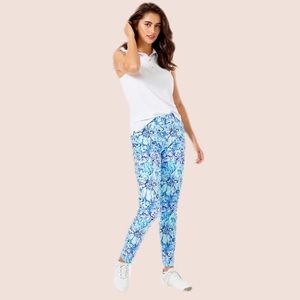 NWT Lilly Pulitzer Luxletic Cameron Pants 2